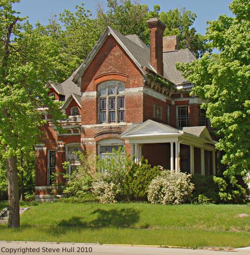 Victorian house in Frankfort Indiana