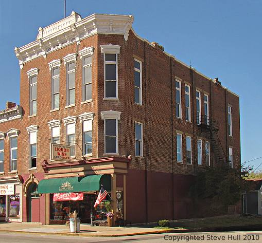 Italianate Building at 7th & Main in Brookville Indiana