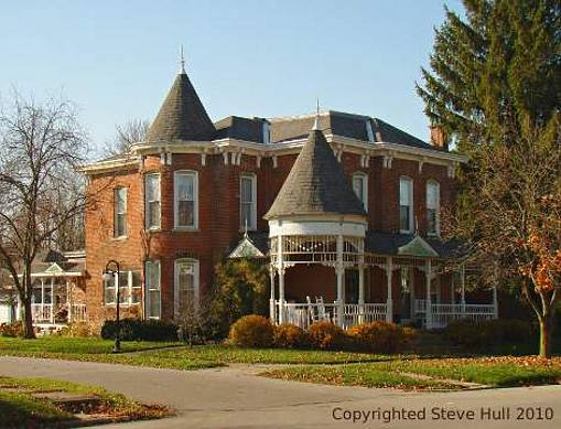 Italianate house in Knightstown Indiana