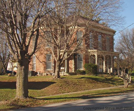 Italianate house in Knightstown
